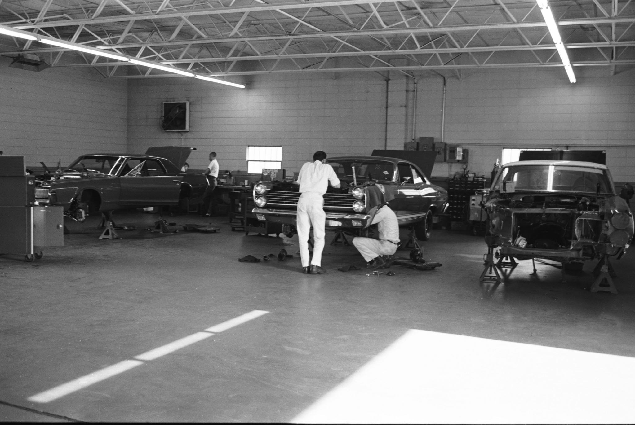 Bud Moore Engineering shop